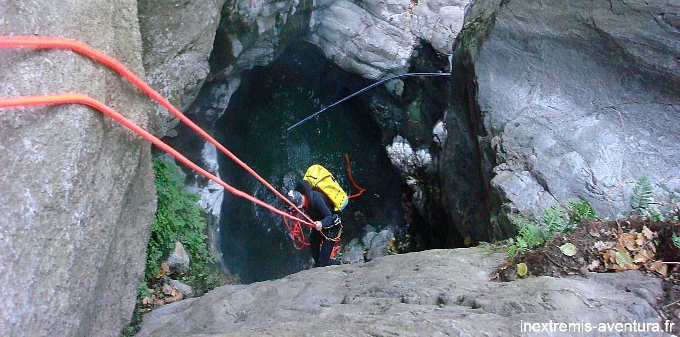 canyoning eaux chaudes thues entre valls