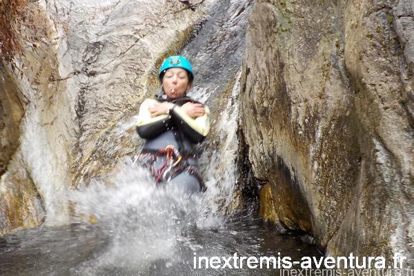 canyon eaux chaudes thues-les-bains