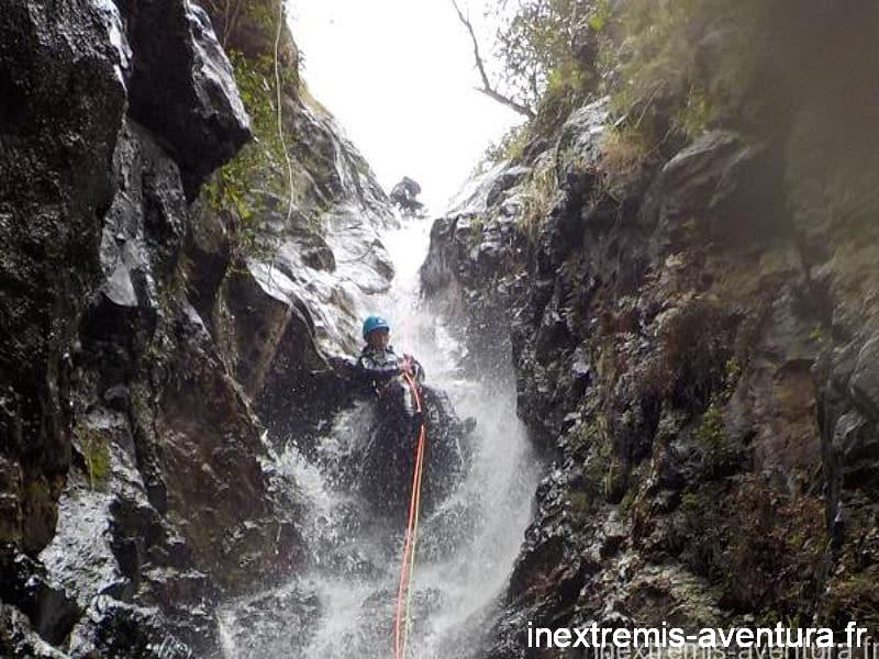 Canyoning eaux chaudes thues entre valls - Canyoning Hiver
